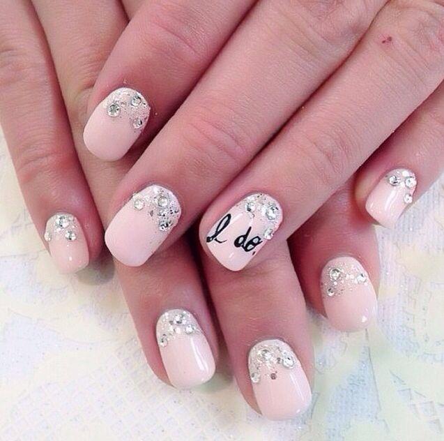 5 diseños de uñas para deslumbrar en una boda