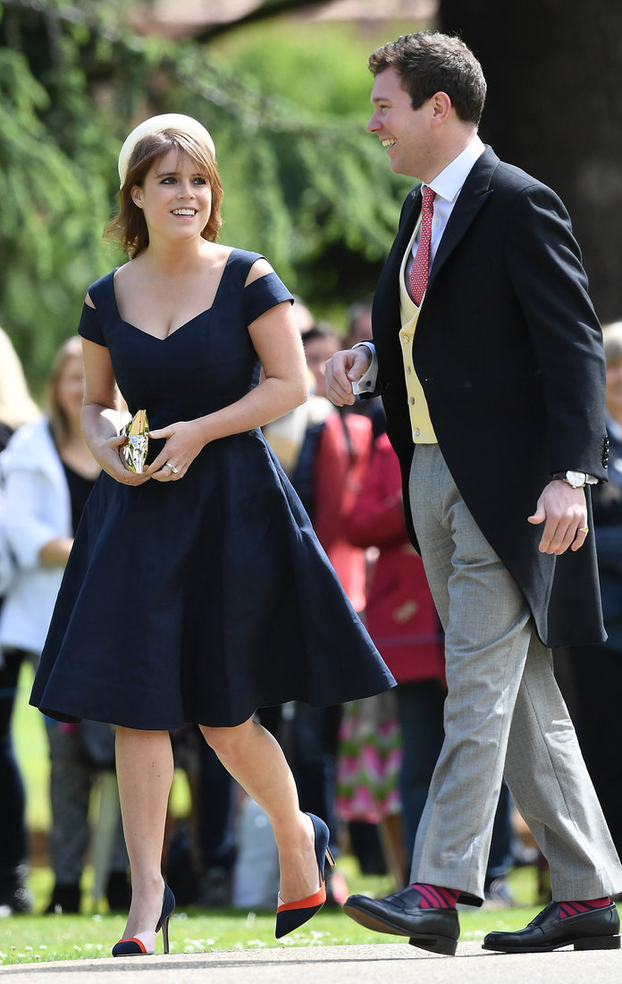 ENGLEFIELD GREEN, ENGLAND - MAY 20: Princess Beatrice (L) attends the wedding of Pippa Middleton and James Matthews at St Mark's Church on May 20, 2017 in Englefield Green, England. (Photo by Samir Hussein/Samir Hussein/WireImage)